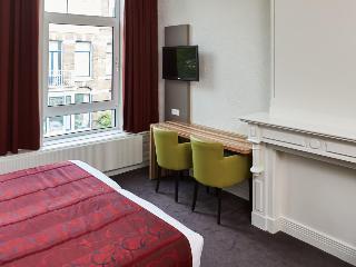 Asterisk Hotel, Den Texstraat,