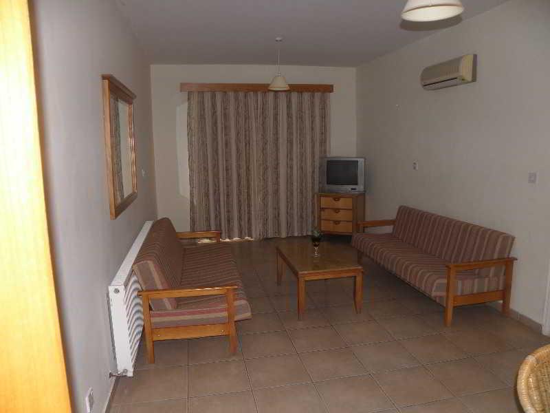 Valana Hotel Apartments, 30 Ampelakion Street,