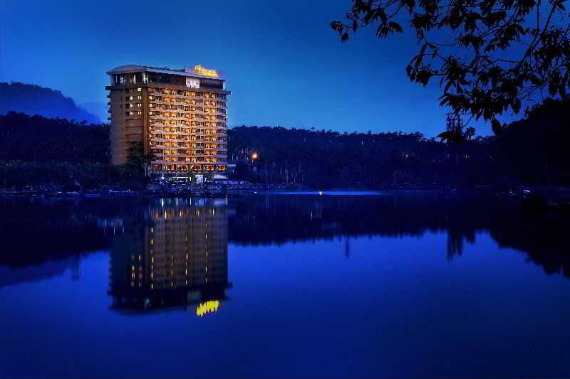 Sun Moon Lake Hotel, No. 419, Zhongshan Rd,