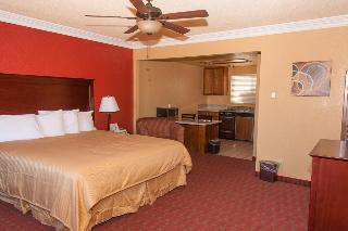 Pacific Inn & Suites, West 38th Street,516
