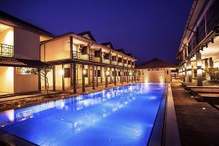 Alia Residence Business Resort - Pool