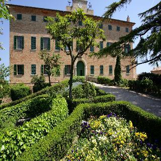 Castello Di Monterado, Piazza Roma 18,