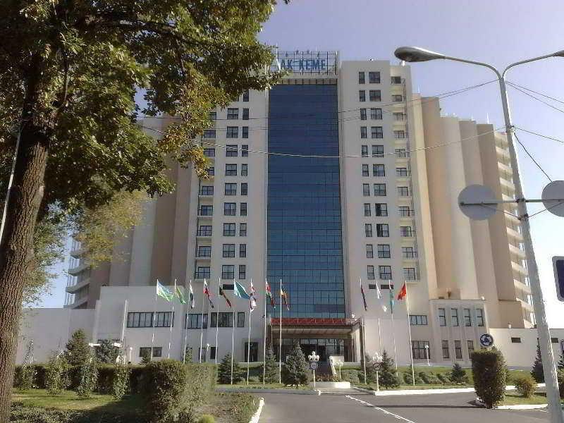 AK-Keme hotel, Mira Avenue 93,170