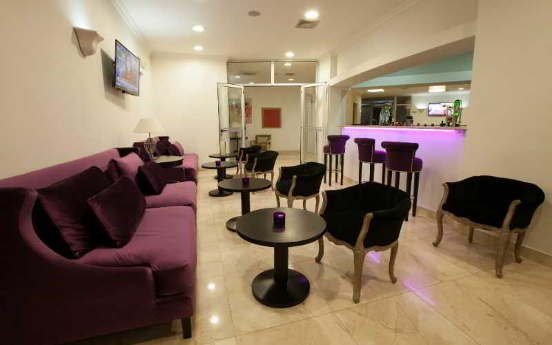 Luna Hotel Zombo - Bar