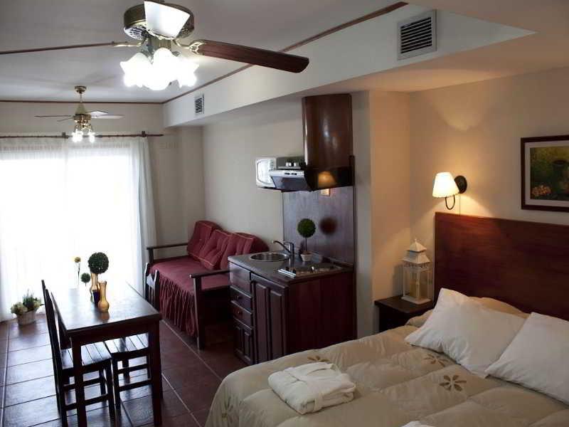 Costa Carilo Apart Hotel and Spa de Mar - Zimmer