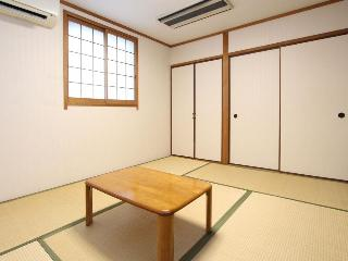 Hotel Livemax Shin-Osaka, 1 Chome-1-5-7, Higashiyodogawa…