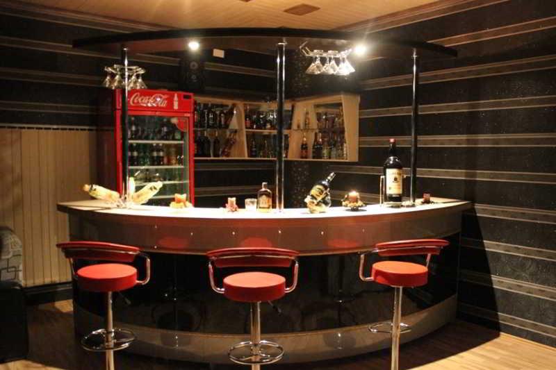 Issam Hotel - Bar