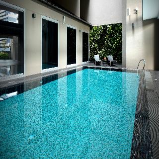 V Hotel Bencoolen - Pool