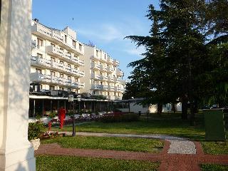 Park Hotel Villa Fiorita, Via Papa Giovanni Xxiii,1