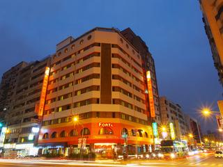 Orange Hotel Liuhe Kaohsiung, No.92, Liouhe 1st Rd,