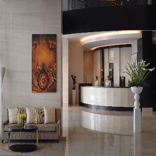 Book Mövenpick Hotel Jumeirah Lakes Towers Dubai - image 1