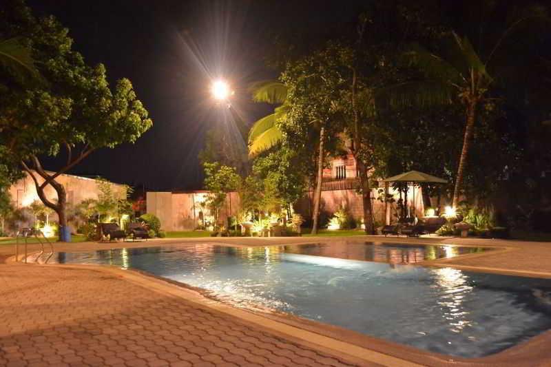 DM Residente Resort - Pool