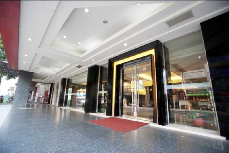 Ren Mei Business Hotel, No.585, Jianxing Rd,