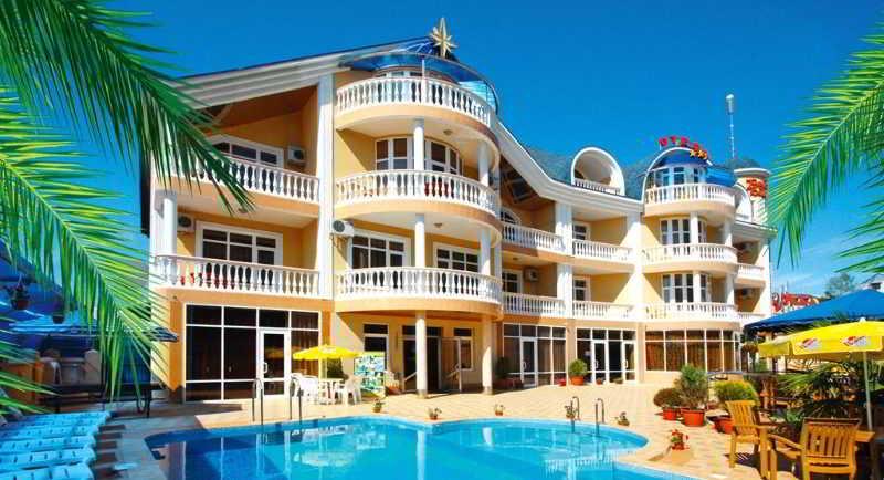 Roza Vetrov Hotel, Pirogova Street,40b