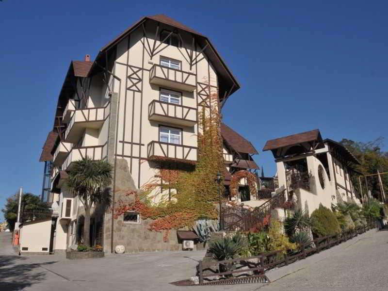 Weiler Hotel, Lenina Street,282/1