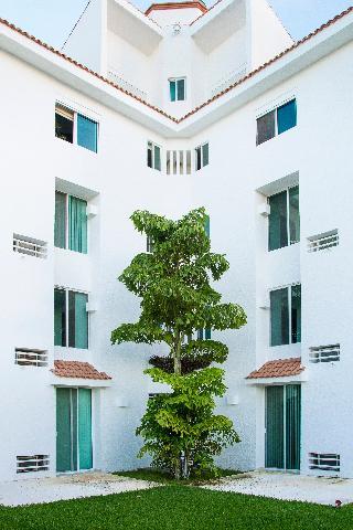 Las Gaviotas Hotel and…, Paseo Pok-ta-pok- Lote Club…