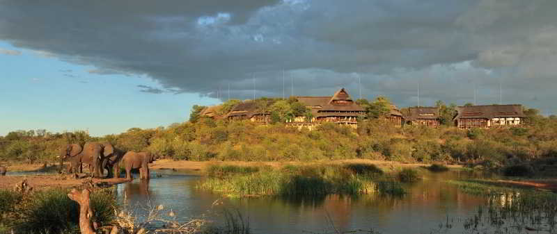 Victoria Falls Safari…, Stand 471 Squire Cummings…