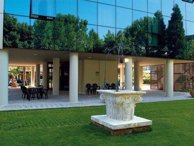 Hotel Gentile Da Fabriano, Via Giuseppe Di Vittorio,13