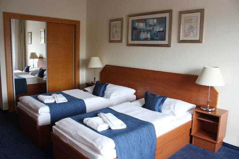 Hotel Theresia, Na Petrine 991,