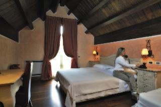 Hotel Resort Villa Danilo, Via Stazione,1