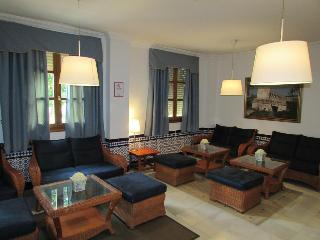 Hotel Mairena, C Antonio Machado,37
