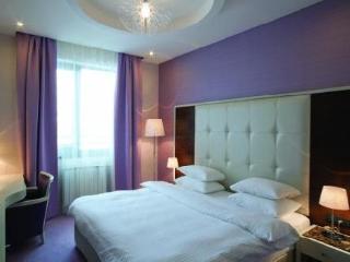 Crystal Hotel Belgrade