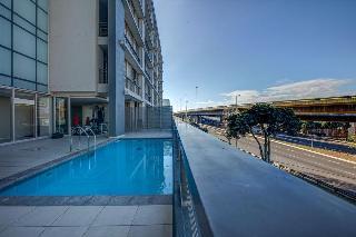 Harbouredge - Pool