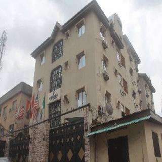 Oragon Hotel and Suites, Olawasijibomi Street, Off…