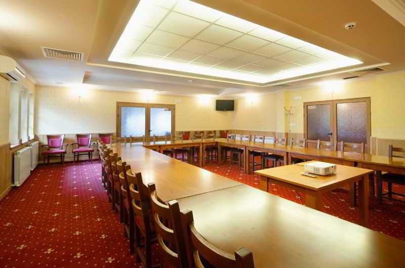 Park Hotel Sevastokrator - Konferenz