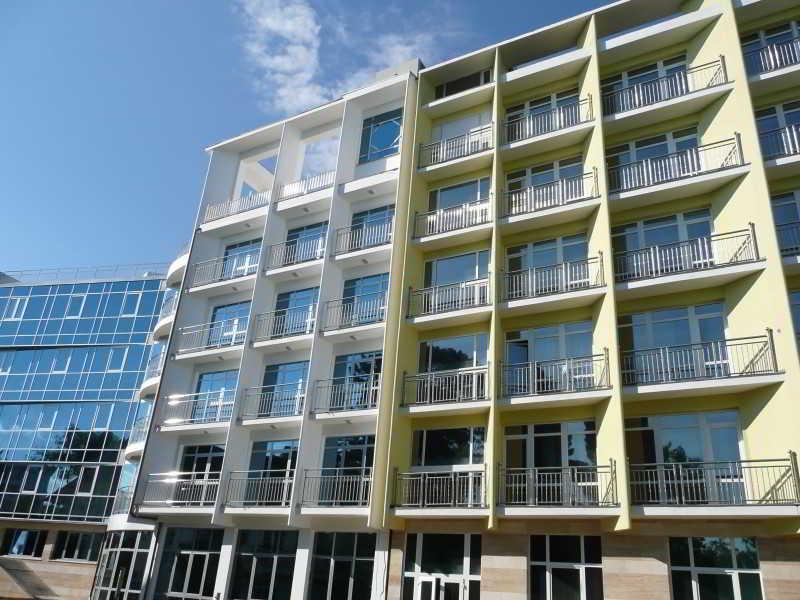 Adelphia Resort Hotel, Prosvescheniya Street,13