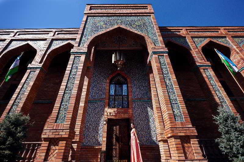 Ichan Qala Hotel, Yusuf Hos-khojib St, 75/10,75…