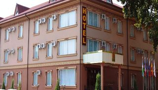 Grand Nur Hotel, 83, Guruch Arik Str.,83