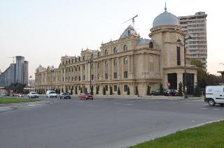 Qafqaz Park Hotel, Khatai St,51