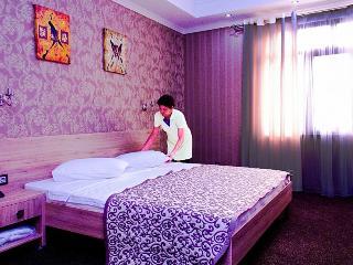 Onyx hotel, Gorkogo Street 141,
