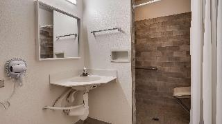 Econo Lodge Inn & Suites…, 20688 Tracy Avenue,