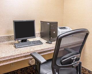 Quality Inn & Suites Niles