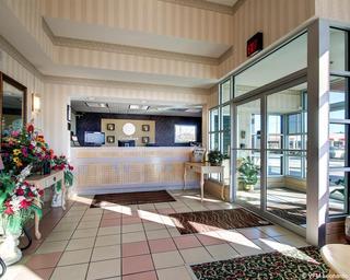 Comfort Inn, 745 Magee Dr,745