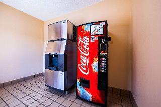 Quality Inn, 817 Radford Boulevard,