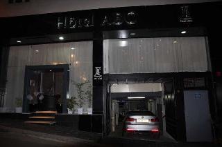 ABC Hotel, 18 Rue Abdelkader Remini,