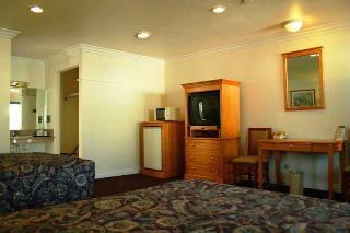 Regency Motel, 723 Brea Blvd,