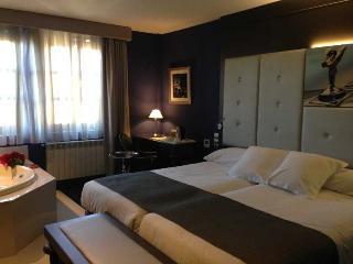 Costa Esmeralda Suites