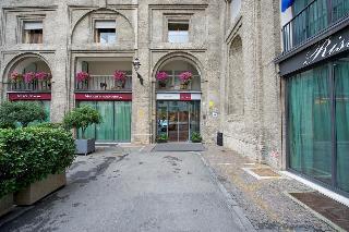 Mercure Parma Stendhal, Via Bodoni 3,