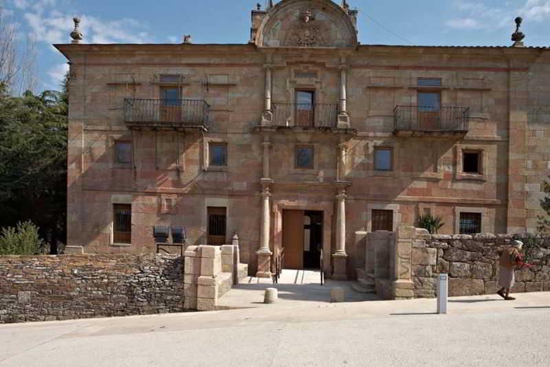 Albergue Monasterio…, Avda. La Merced,60
