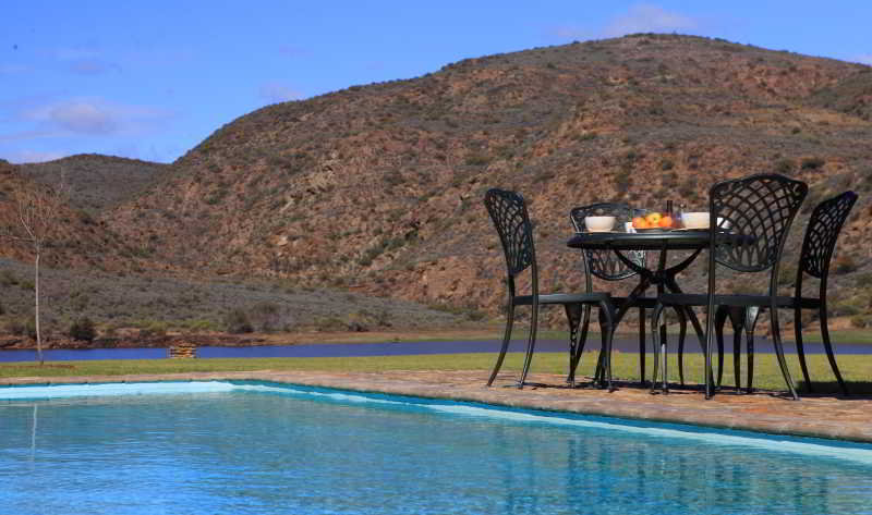 Madi Madi Karoo Safari Lodge - Pool