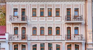 Palais Royal, Lanzheronovskaya Str.,10