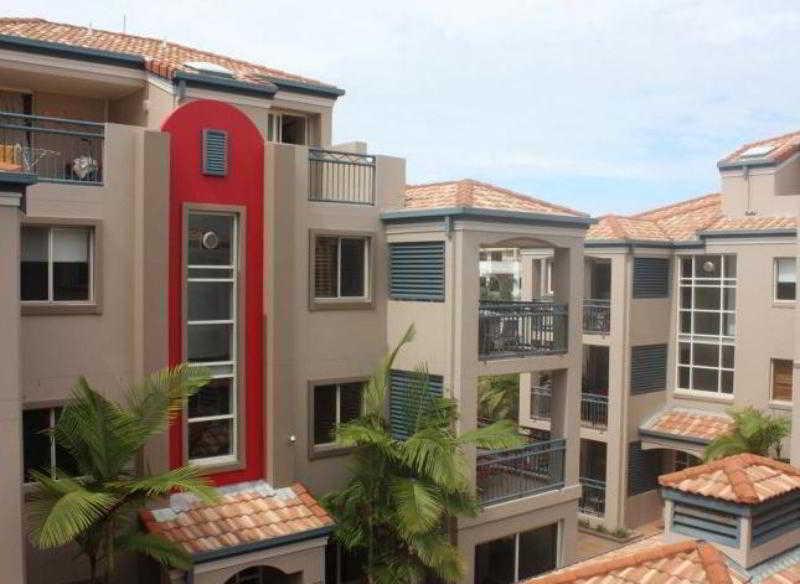 Montego Sands Resort, 21 Peerless Avenue,