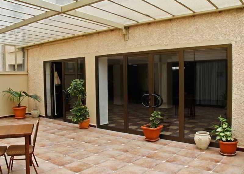 Stambouli Hotel, 4, Rue Khedim Ali,