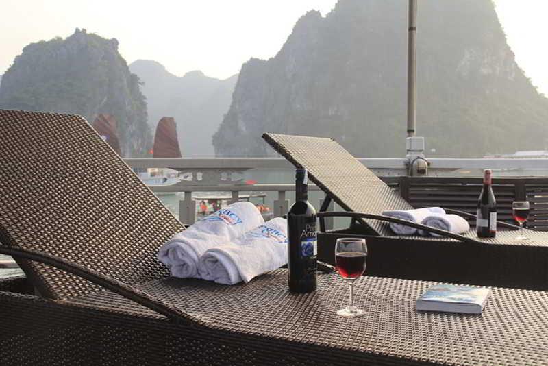 Halong Legacy Cruise, Hon Gai Wharf,