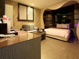 Hotel Firenze, 10117 Yeongtongdong Yeongtonggu,