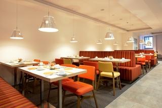Simm's Hotel - Restaurant